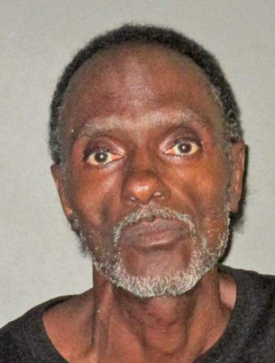 Baton Rouge man accused of holding mirror under stall in woman's bathroom, deputies say _lowres
