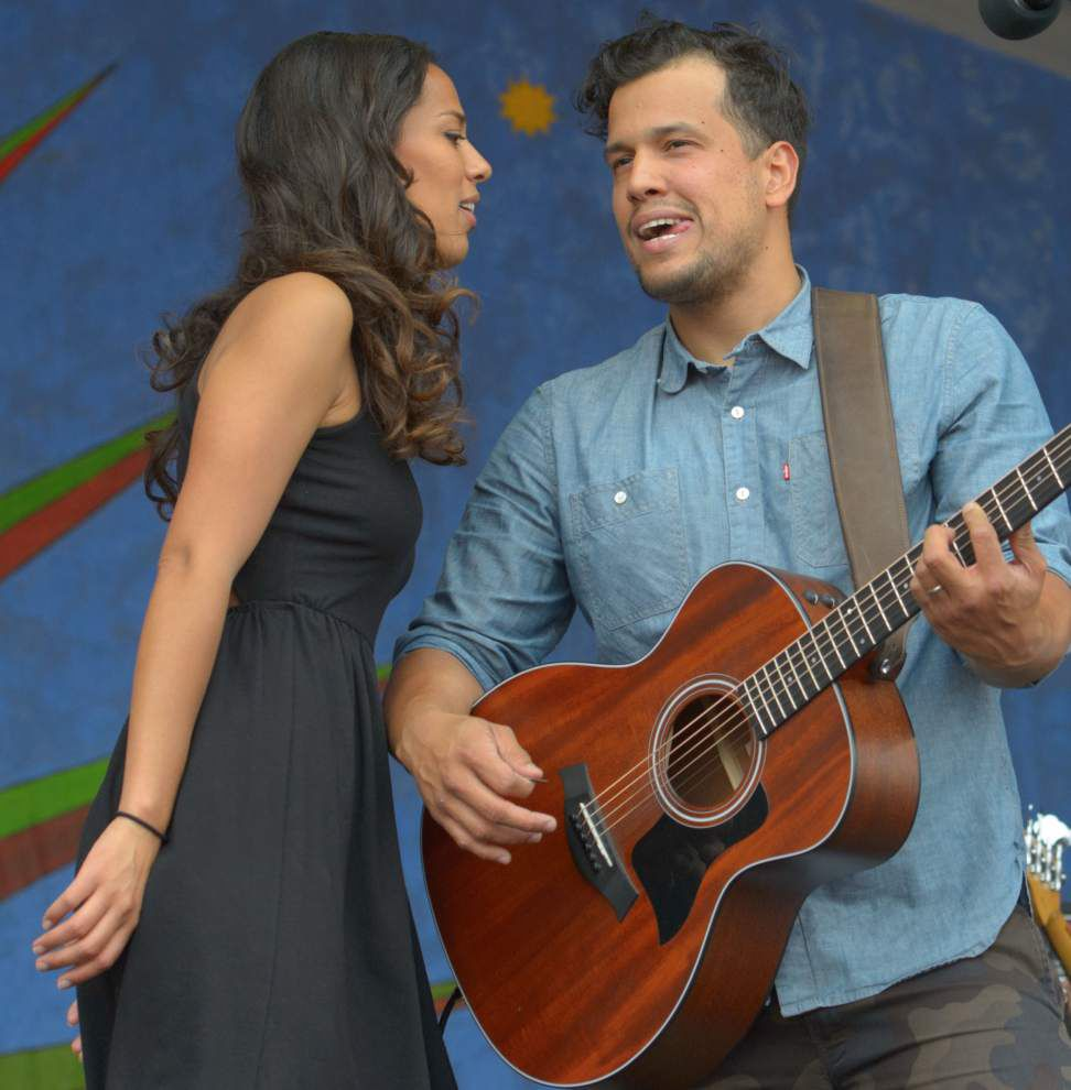 Folk-rock passion fuels Johnnyswim set _lowres