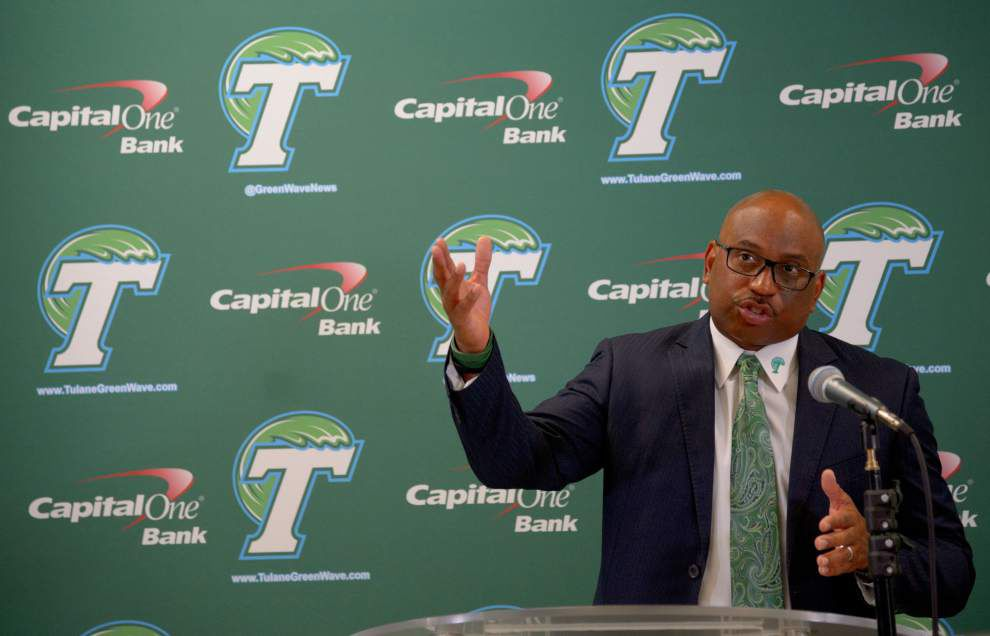 Tulane Camp Report: Curtis Johnson tells players to stay on their feet _lowres