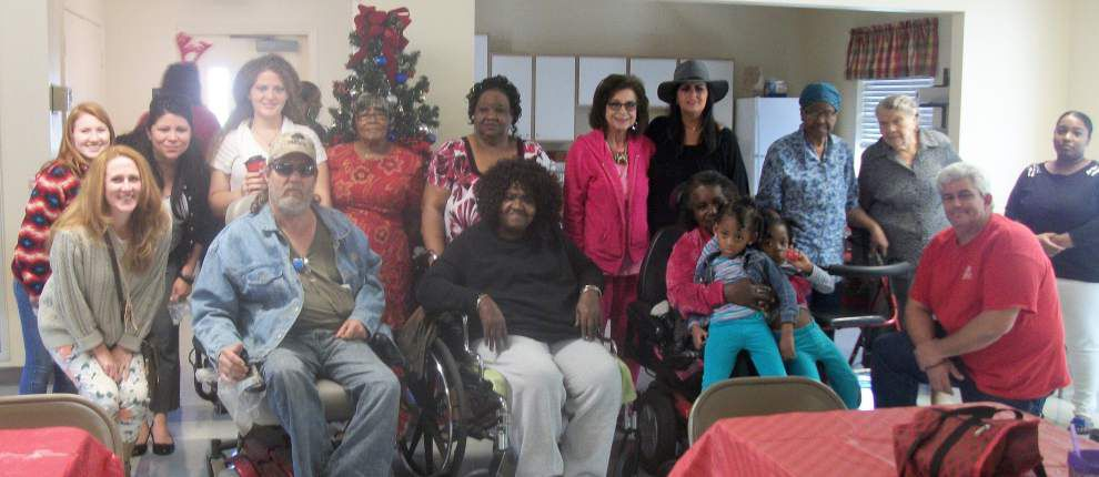 Assisi Heights residents celebrate _lowres