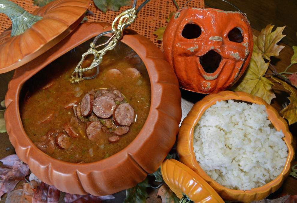 Gourmet Galley: Forget witches' brew; try chili, soup for Halloween night _lowres