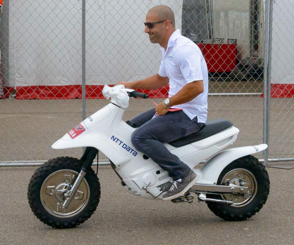 IndyCar star Tony Kanaan draws strength from Ironman competition _lowres