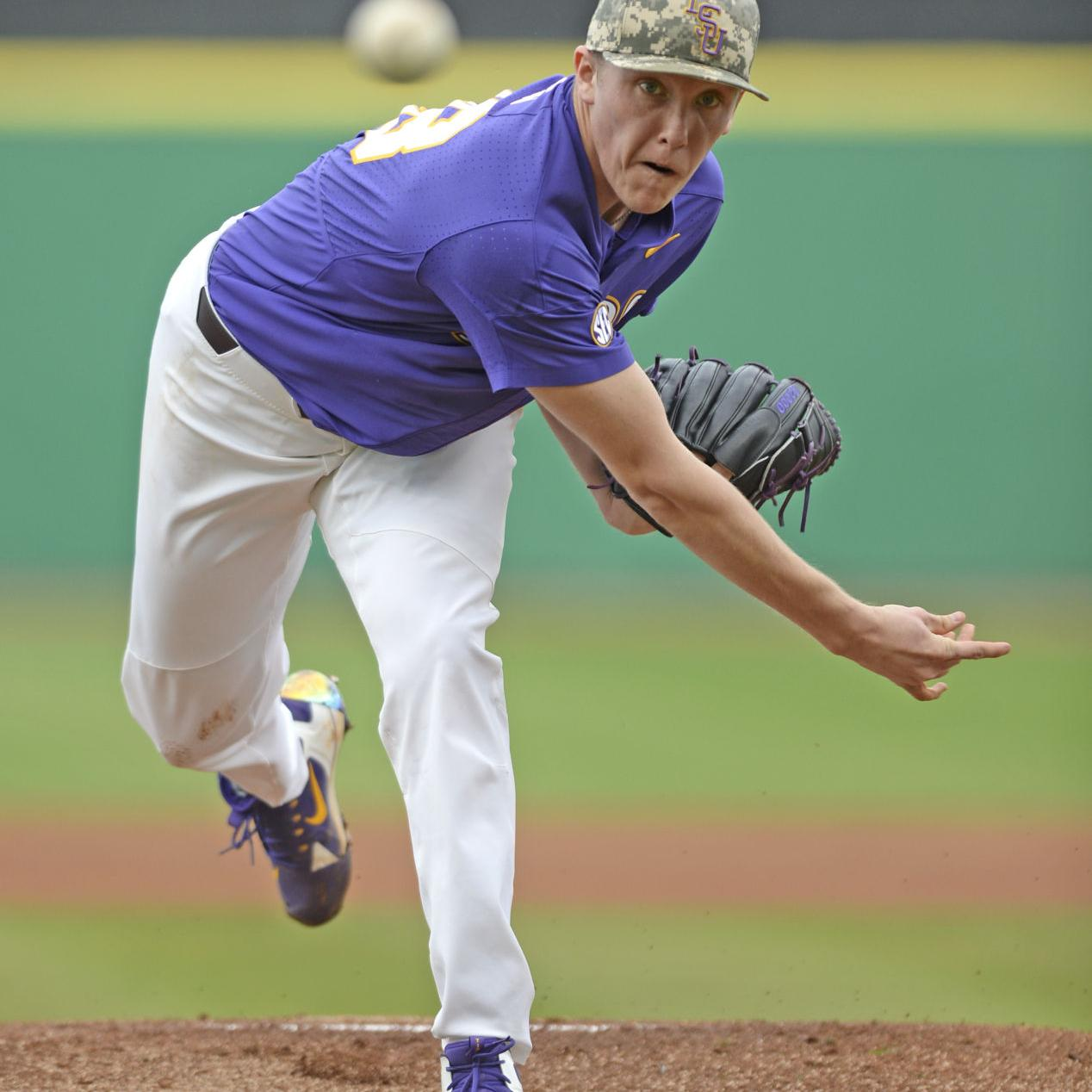 new style ce1d1 a4e24 LSU baseball can't repeat opening day magic as Notre Dame ...