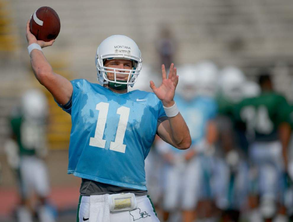 Nick Montana works with Tulane's first-team offense _lowres