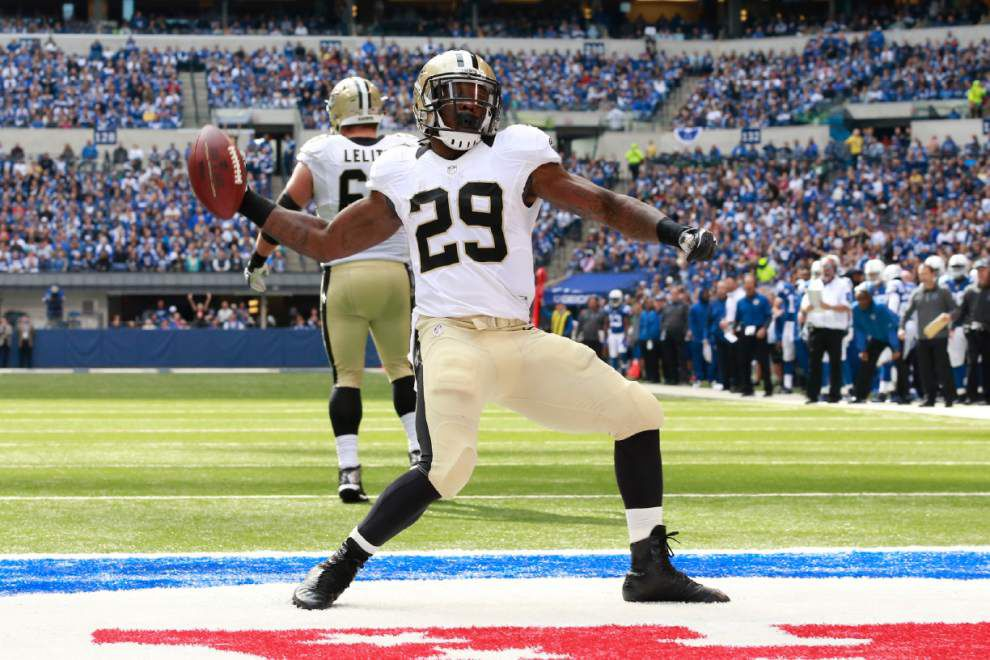 Photos: Saints use a trick play and toughness to get their first road win of season _lowres