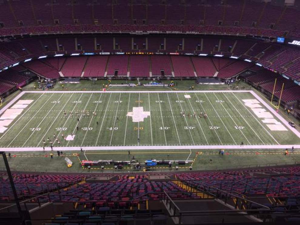 Welcome to the Superdome for tonight's game between the New Orleans Saints, Dallas Cowboys _lowres