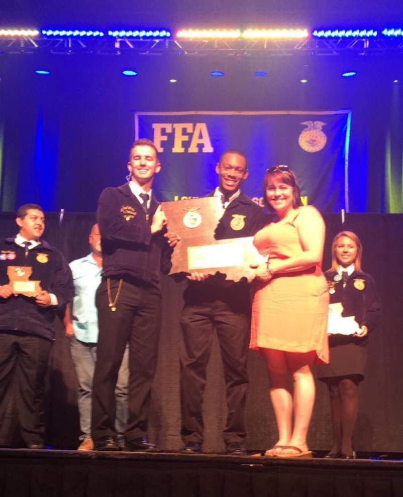 Local FFA students give lessons in leadership _lowres