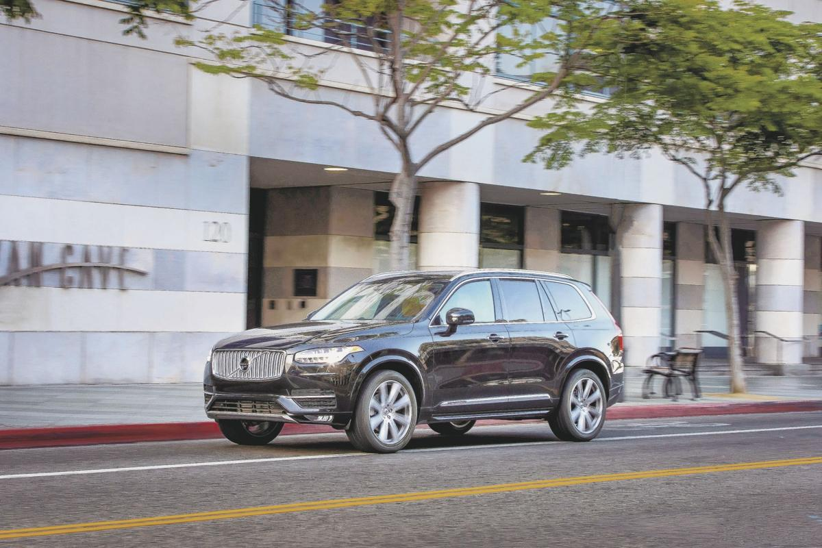 2017 Volvo XC90 T6 AWD Inscription - Exterior