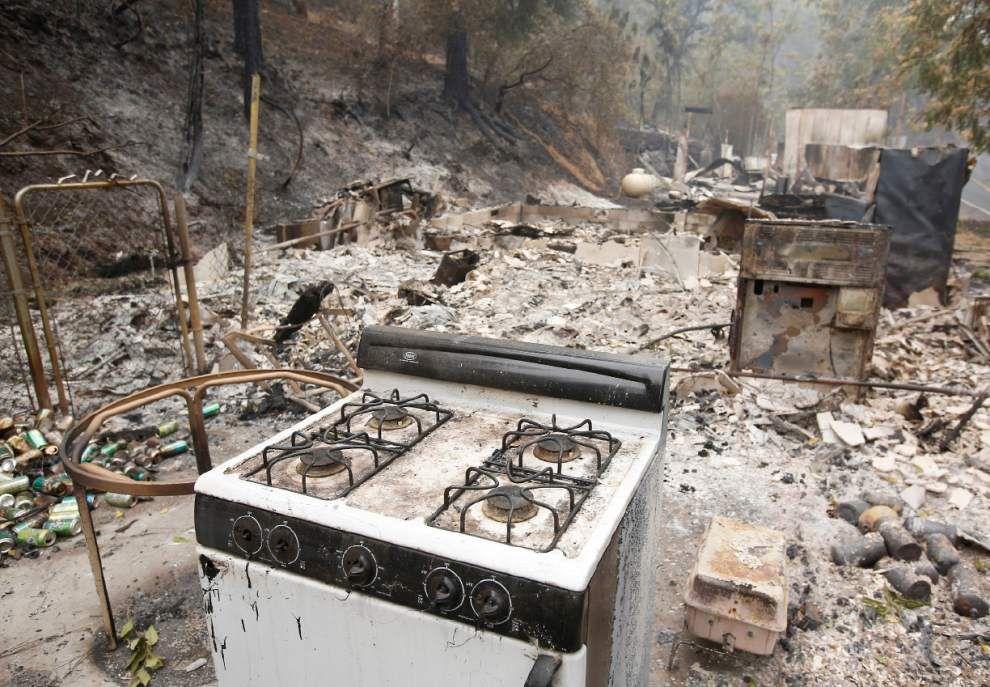 Calif. fires destroy whole communities _lowres