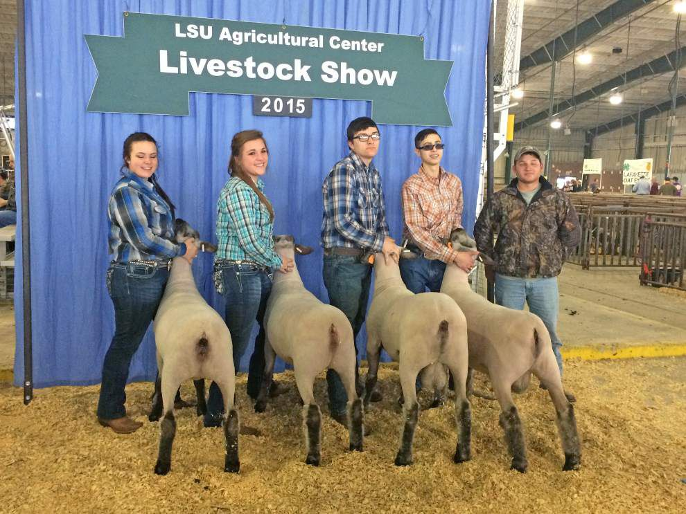 Northshore High teachers, students seek OK for livestock at the school _lowres