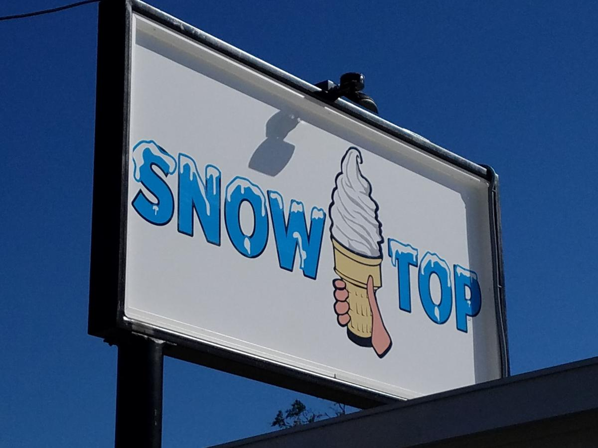 mompop snow top.jpg