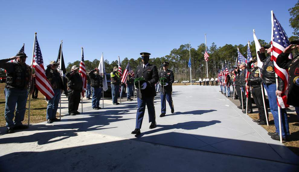 'They did have family': More than 100 attend Slidell burial for 2 Vietnam veterans without relatives _lowres