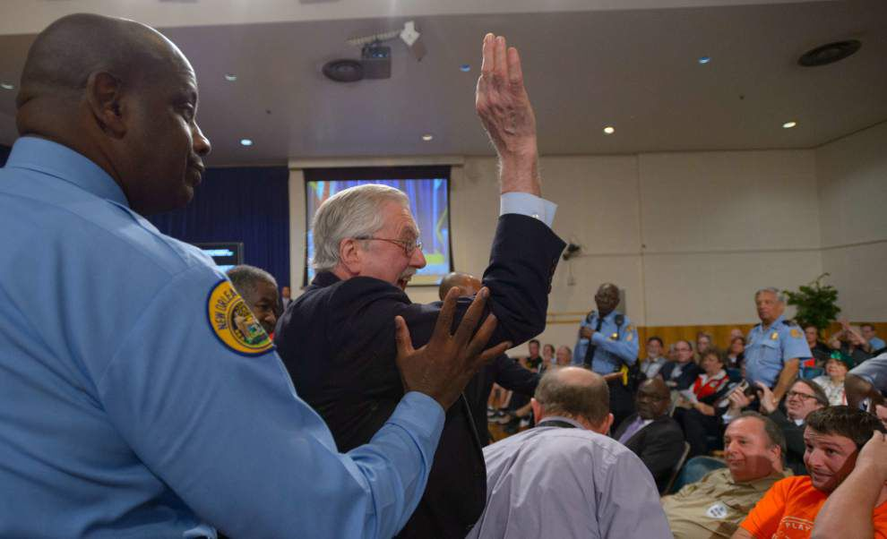 Raucous City Council session hears passionate arguments for and against Confederate monuments _lowres