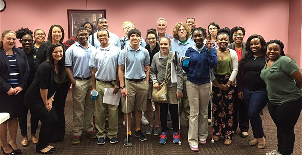 Southern Law organizes mock trial for high schoolers _lowres