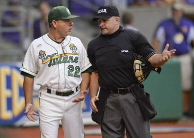 Tulane baseball coach has a reason to be a Broncos fan — Gary Kubiak is his brother-in-law _lowres