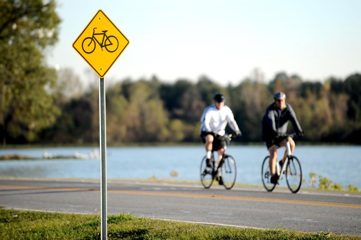 BikePaths02.adv.JPG