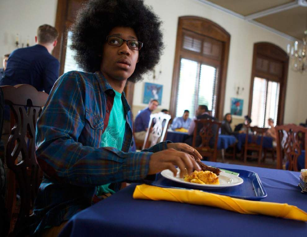 Review: 'White People' is edgy; has memorable cast _lowres