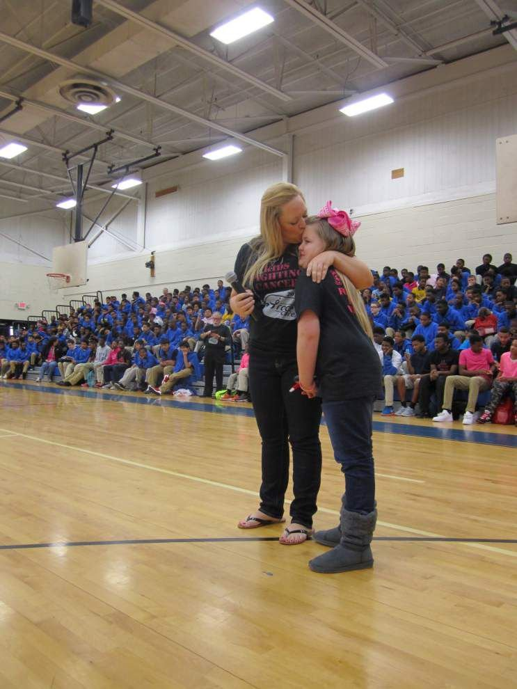 Southeast Middle meets $10,000 goal by close shave _lowres