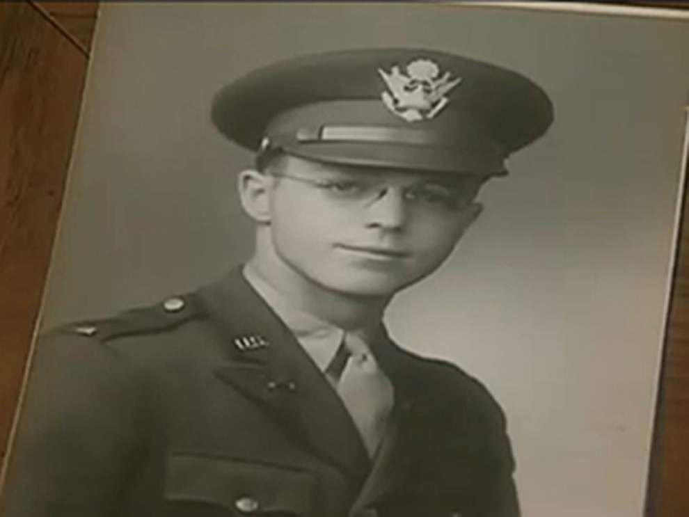 92-year-old WWII vet fought 'Don't Ask Don't Tell' _lowres
