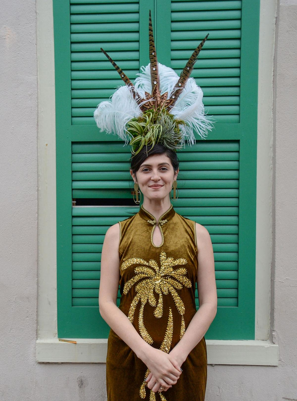 Happy Mardi Grow? Air plant headdresses sprout up as latest in ...