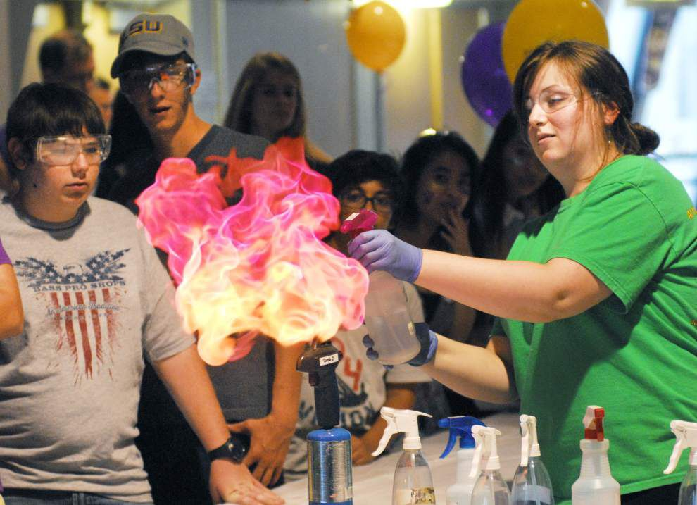 'Super Science Saturday' draws young science enthusiasts to LSU _lowres
