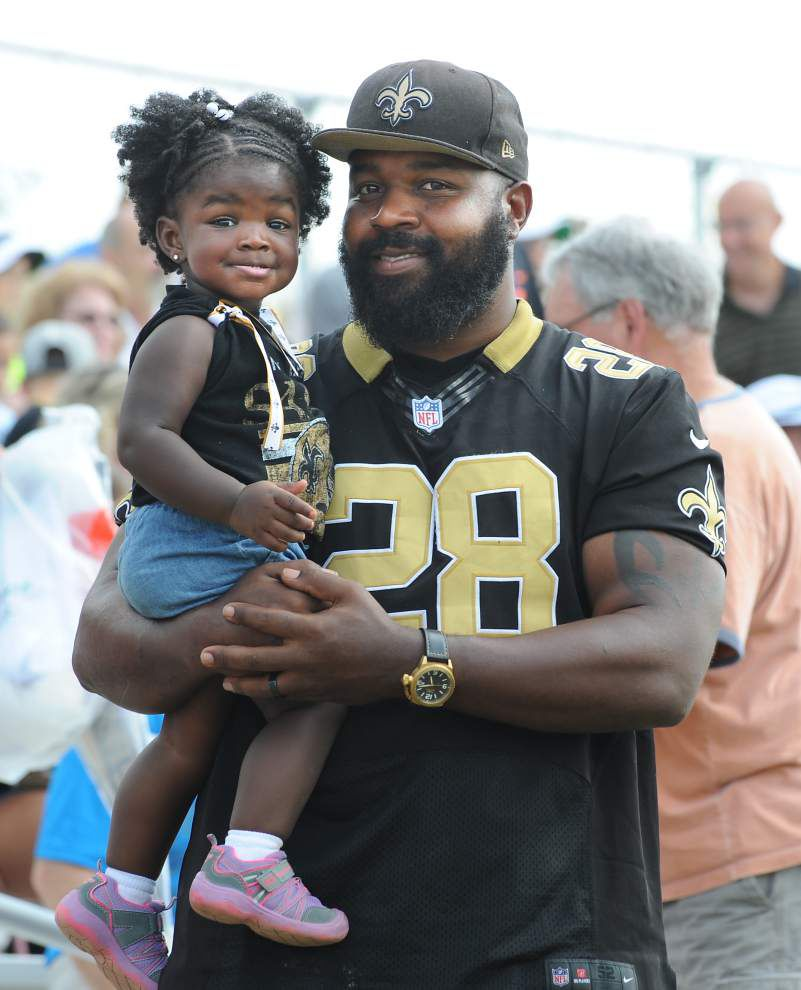Photos: Saints practice then hold picnic, autograph session for fans at training camp Sunday _lowres