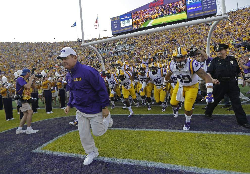 Wednesday's With LSU coach Les Miles, live updates from his speaking appearances _lowres