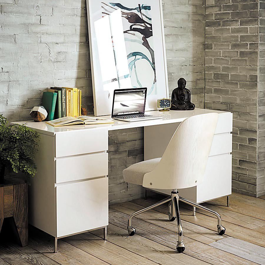 6 items to take your office space from drab to fab_lowres