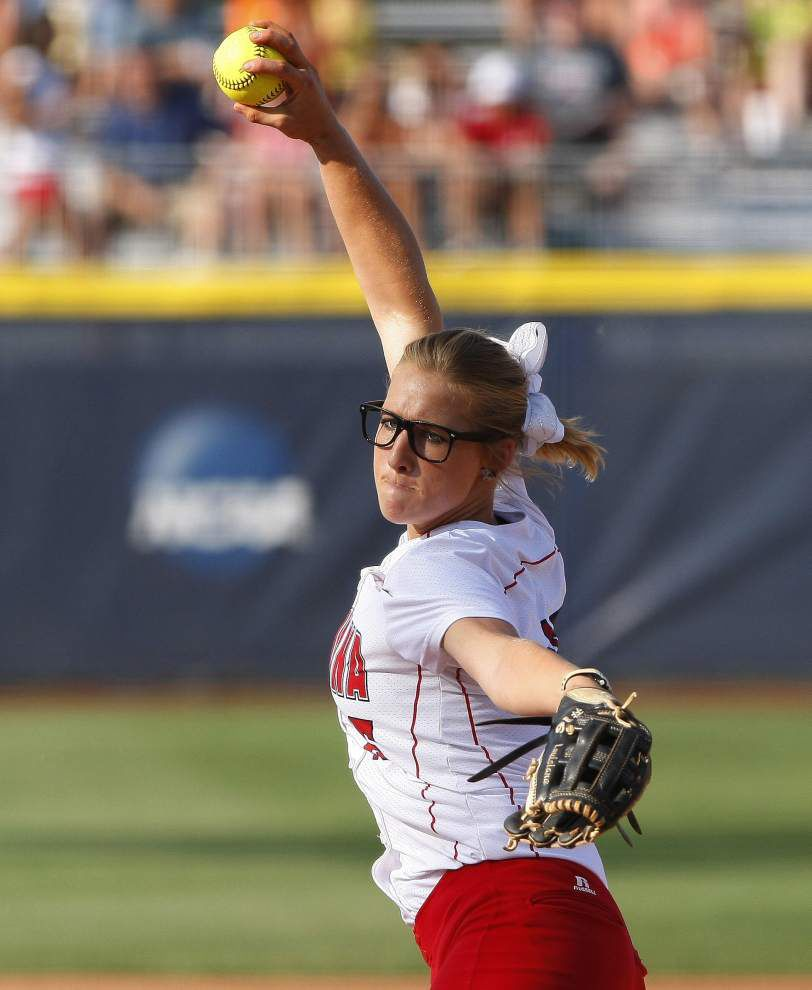 UL-Lafayette first has to stay alive at WCWS _lowres