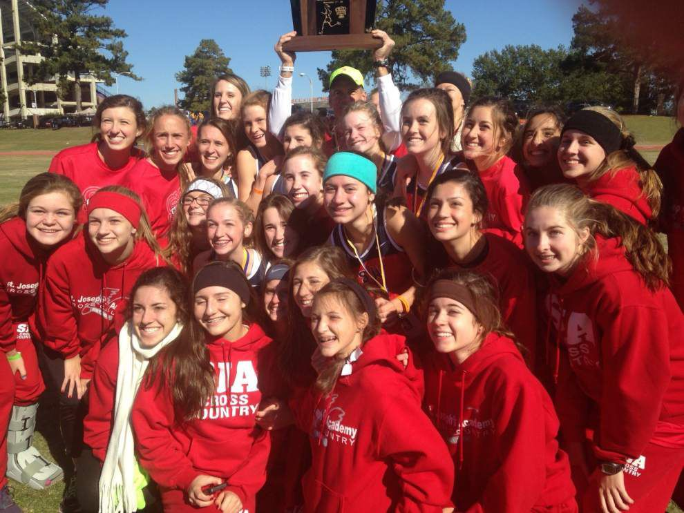St. Joseph's returns to cross country victory stand _lowres