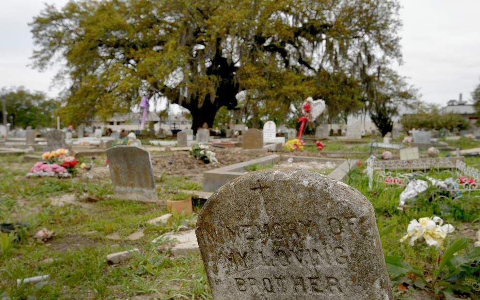 After raid of witch's New Orleans home uncovers bones, teeth, state lawmakers eye stiffer penalties for trafficking human remains _lowres