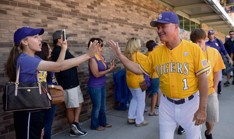 LSU baseball coach Paul Mainieri undaunted by task of replacing eight everyday starters _lowres