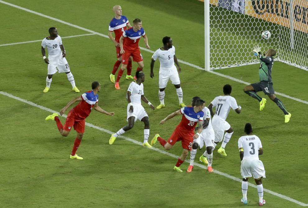 U.S. scores in first minute, 86th to beat Ghana in World Cup opener _lowres