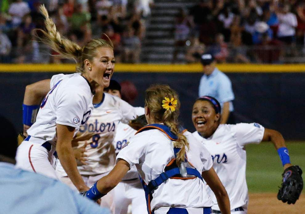 Florida sweeps Alabama to win Women's College World Series _lowres