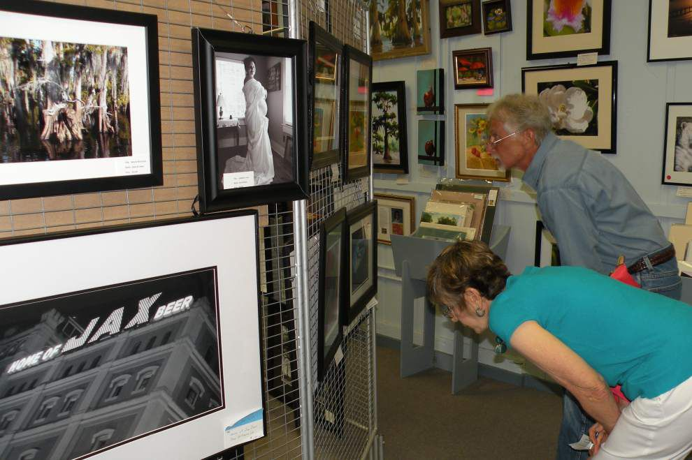 Art association names photo contest winners _lowres