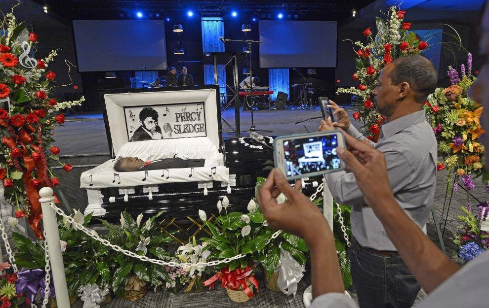 Percy Sledge remembered as a singer who lit up concert stages with his smile: 'A genuinely good guy' _lowres