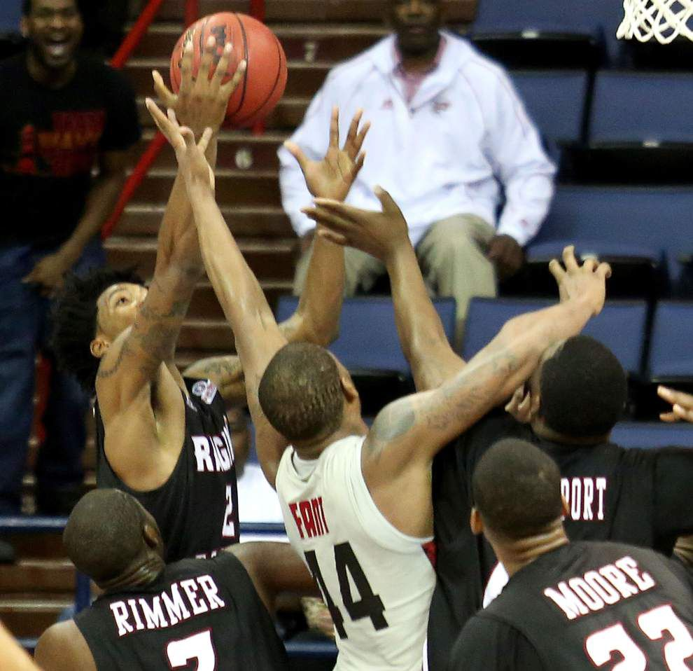 Ragin Cajuns defeat Western Kentucky 73-72 in Sun Belt semifinals _lowres