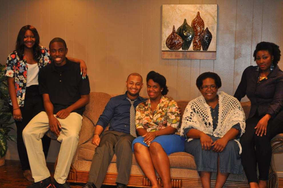 'Touching story' tells of grandparents raising grandkids _lowres