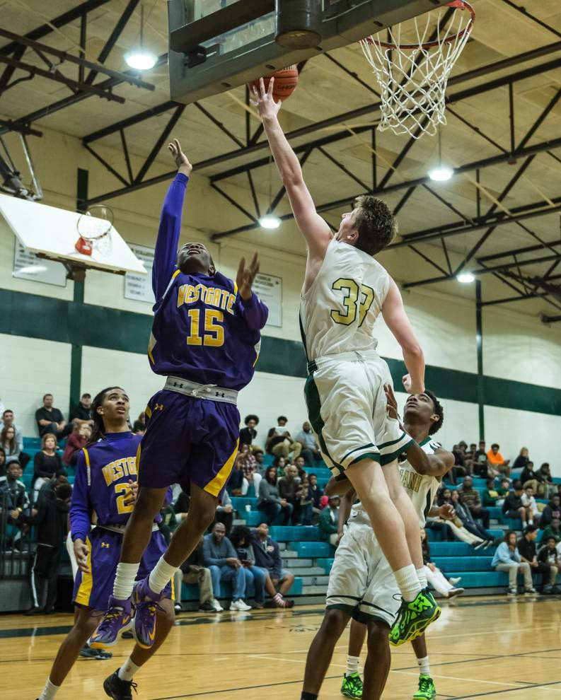 Late flurry lifts Acadiana over Westgate _lowres