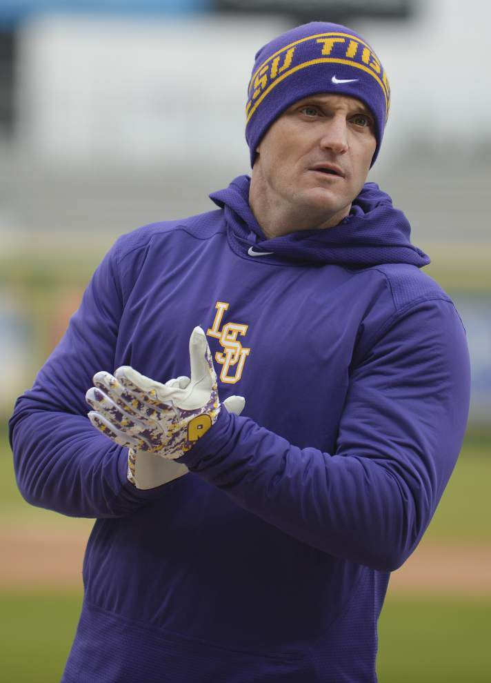 New coach Andy Cannizaro hoping to improve LSU's base-stealing ways _lowres