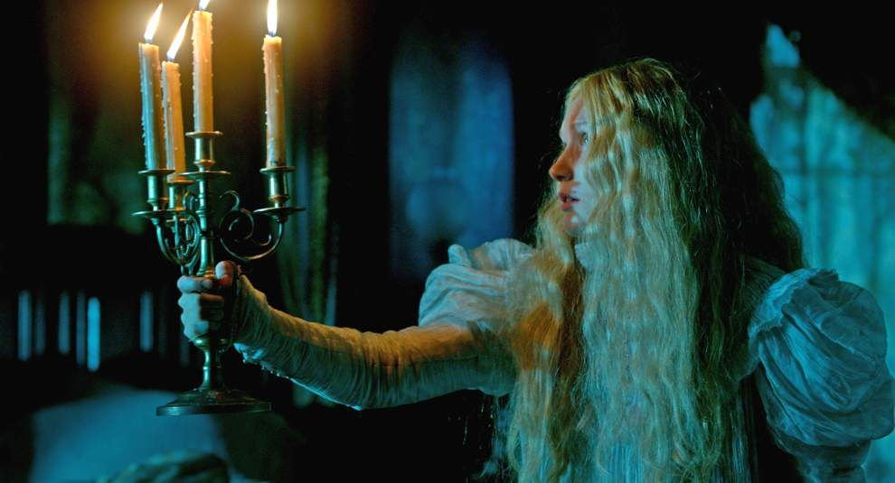 'Crimson Peak' is chilly, bloody and uneven _lowres