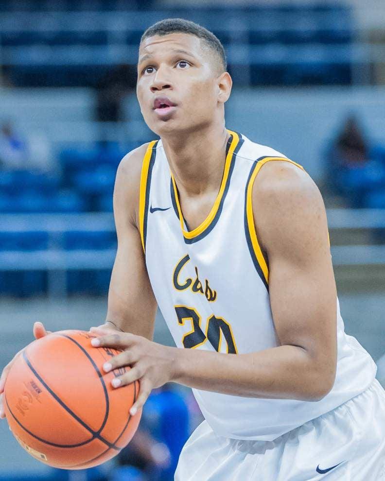 University High basketball player Jalen Johnson commits to Saint Louis University _lowres