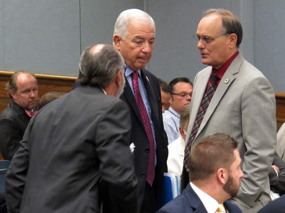 House panel advances bill allowing private company to collect portion of uninsured driver fees _lowres