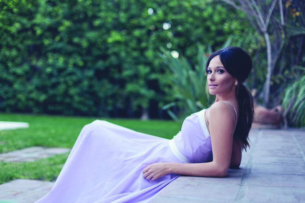 Grammy-winning Kacey Musgraves' clever songwriting goes gold _lowres