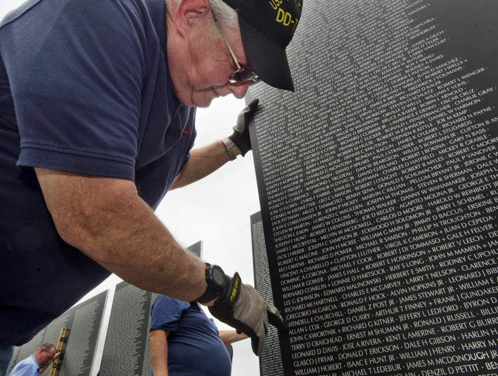 Video: Vietnam Memorial Traveling Wall at Belle of Baton Rouge _lowres