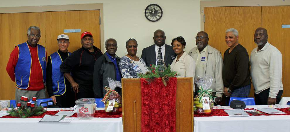 Seniors celebrate annual dinner _lowres