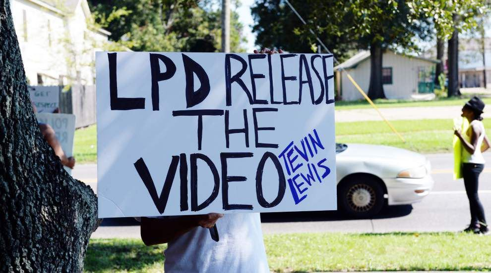 Protesters demand release of private surveillance footage in Lafayette police shooting _lowres