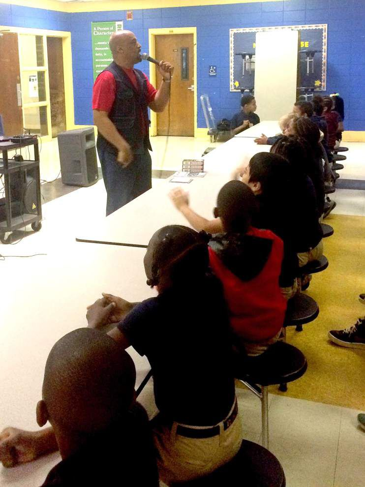 Speaker motivates Jackson Elementary students to prepare for state tests _lowres