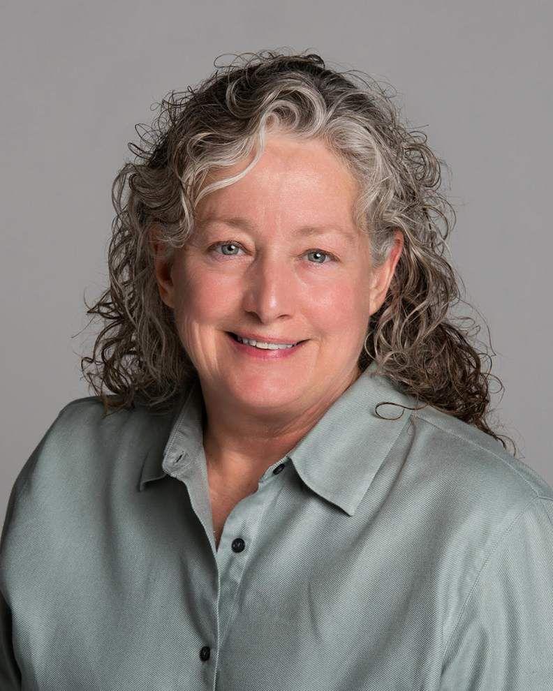 Nurse practitioners group installs SLU professor as fellow _lowres