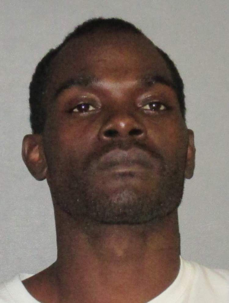 Glen Oaks student arrested after fight, then father, stepmother arrested in aftermath _lowres